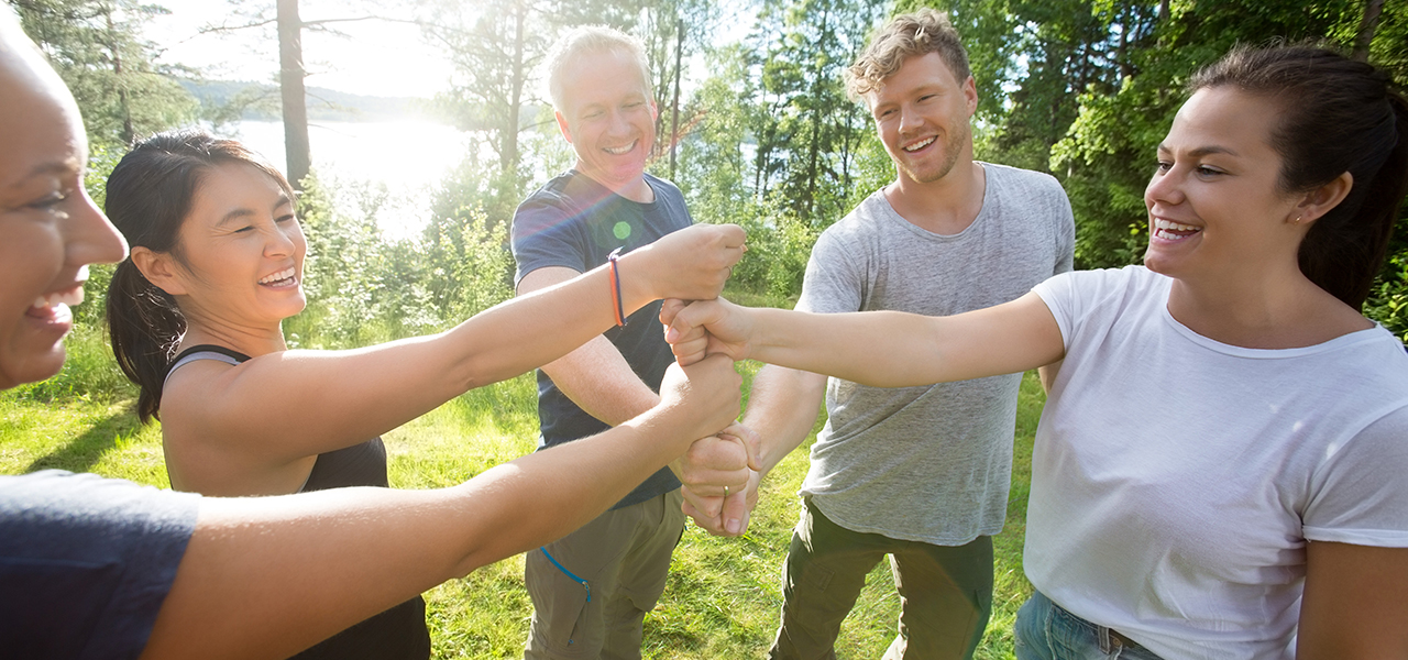 The ultimate guide to corporate team building activities